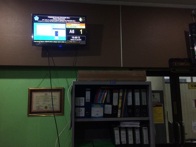 Display Nomor Antrian di TV labkas Denpasar